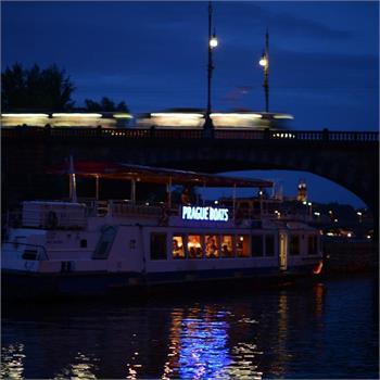 Loď Porto